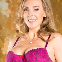 British Adult Star Tanya Tate Speaks Out Against UK's War on Porn