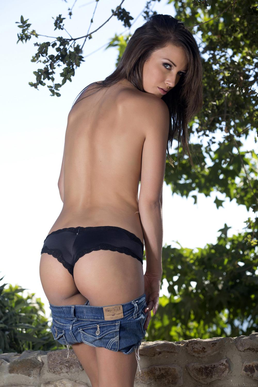 Malena Morgan Metart Ideal porn star of the week - malena morgan