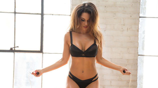 Carissa Rosario Gets Sweaty While Jumping Rope In Her Underwear