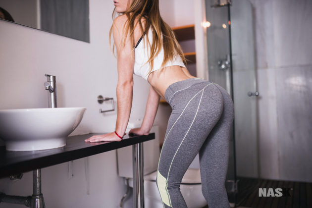 sexy-girls-at-the-gym-14
