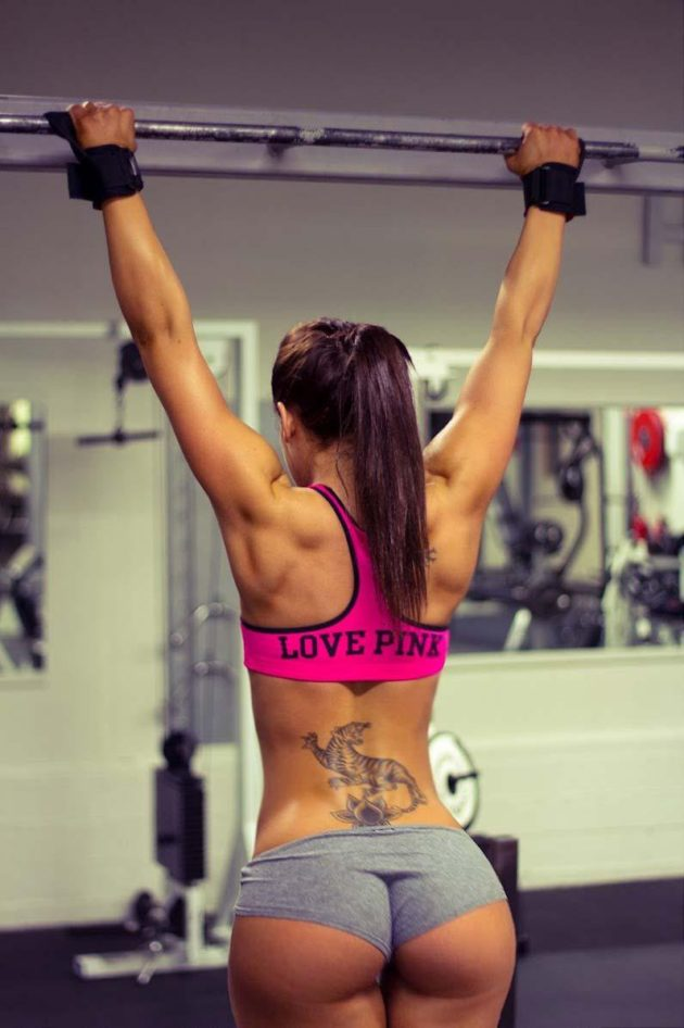 sexy-girls-at-the-gym-16