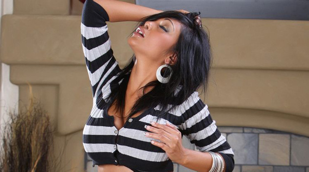 Exotic Beauty Priya Rai To Perform At Vivid Gentlemen's Club Houston
