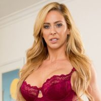 MILF Superstar Cherie DeVille Signs G/G Contract With Mile High Media