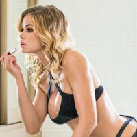 Vixen.com Crowns Jessa Rhodes As 'Vixen Angel' For March 2018